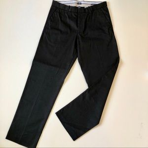 Gap Tailored Khakis relaxed fit black 32x34, NWT